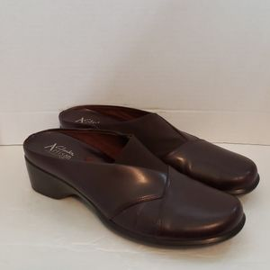 Clarks brown leather shoe 8N
